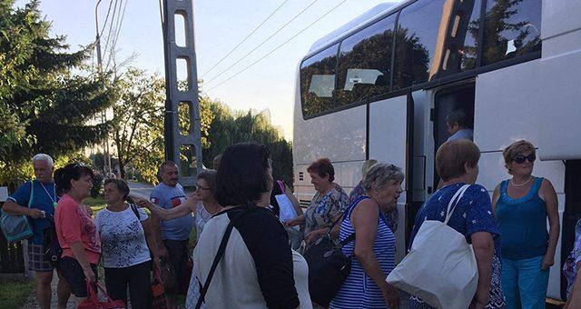 Buszbérlés nyugdíjasoknak